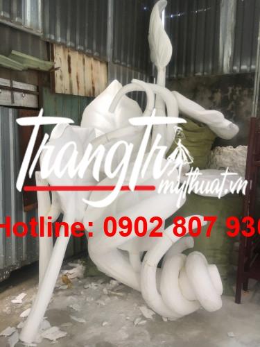 Nơi chuyên nhận sản xuất phù điêu tượng composite hcm chuyên nghiệp