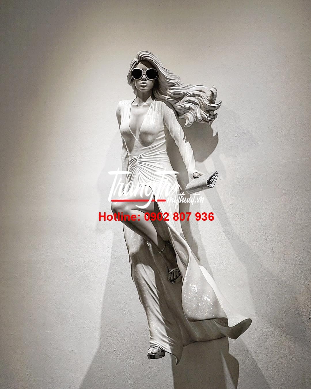 Mô Hình Nhựa Composite Trang Trí Shop Thời Trang
