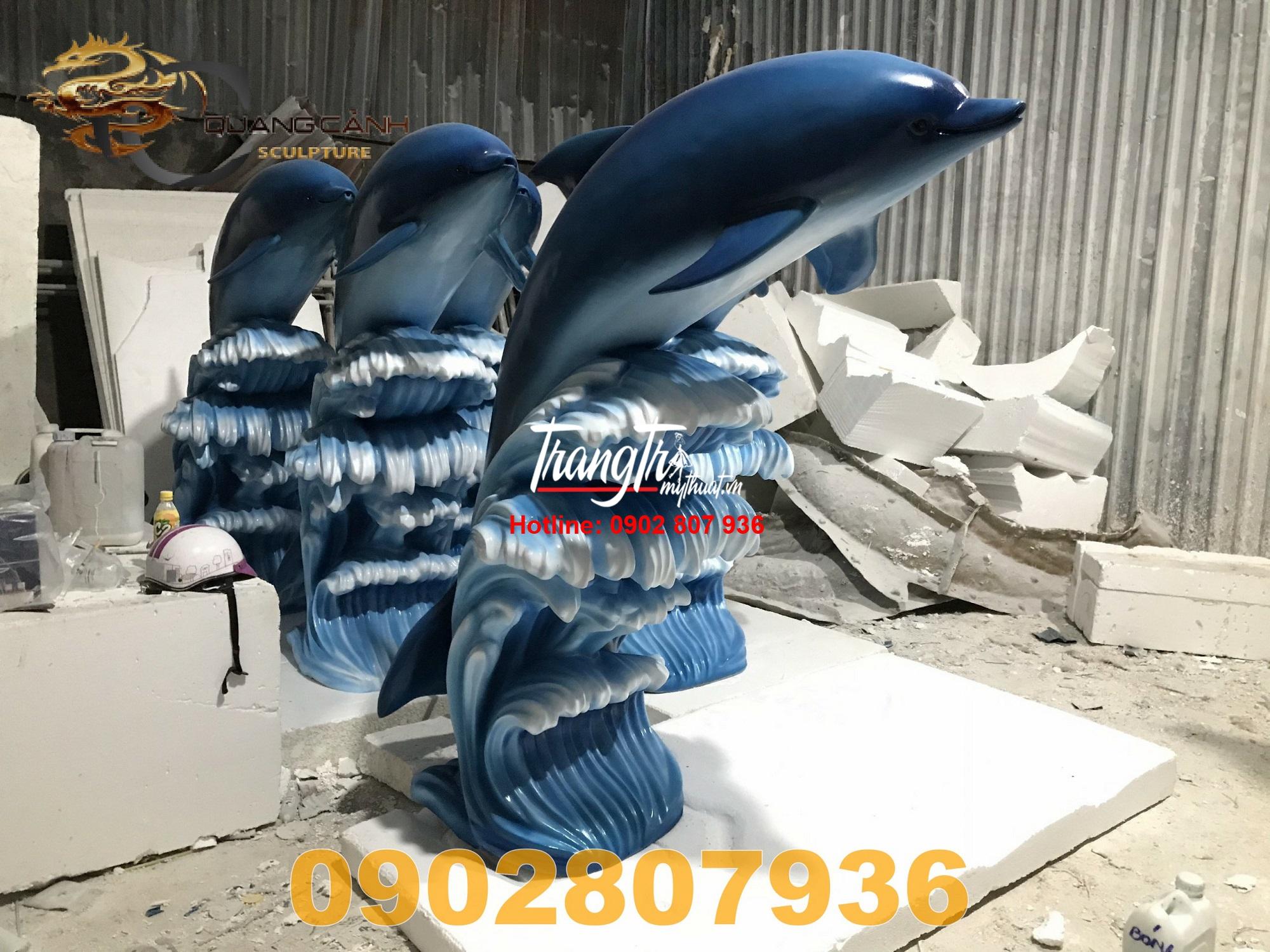 Mô hình cá heo bằng composite